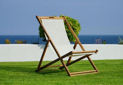 Sztuczna trawa na balkonie – wszystkie plusy i pielęgnacja